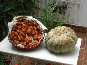 Los buñuelos de calabaza and a calabaza